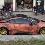 Siêu xe BMW i8 độ lớp vỏ phong cách sắt vụn ở Hà Nội