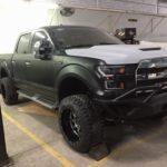 Siêu xe bán tải hiếm Ford F-150 Raptor về Hải Dương chơi