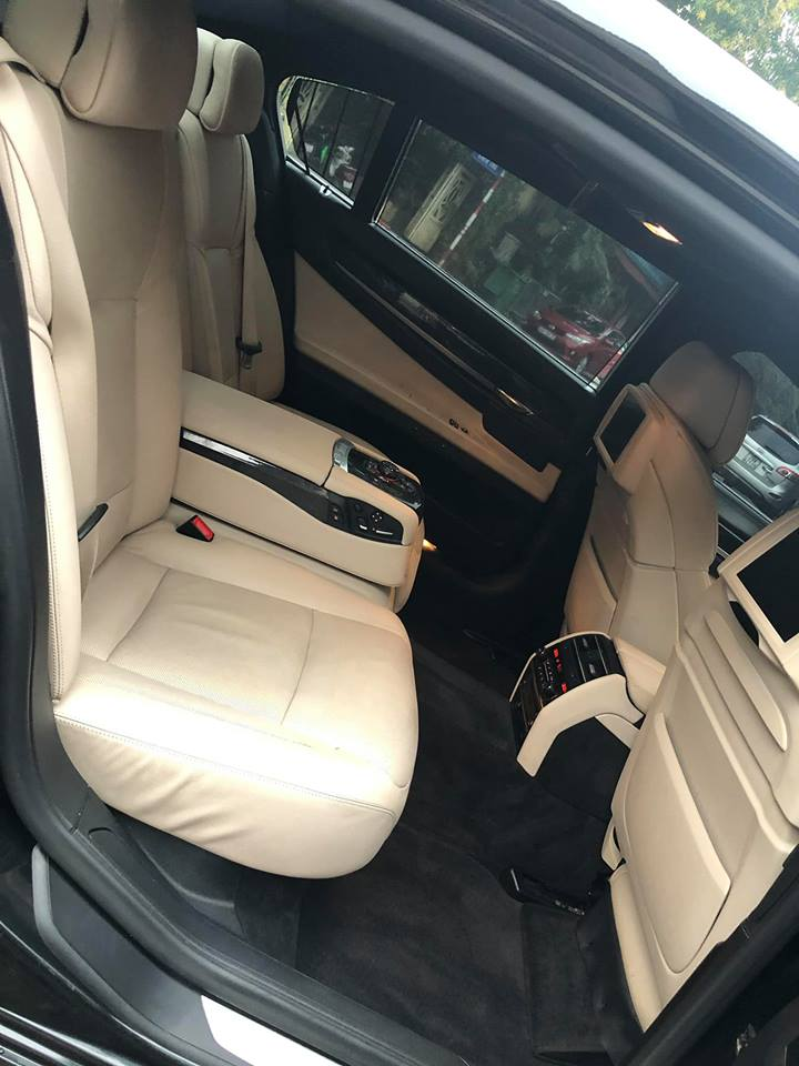 Ghế ngồi sau BMW đẹp