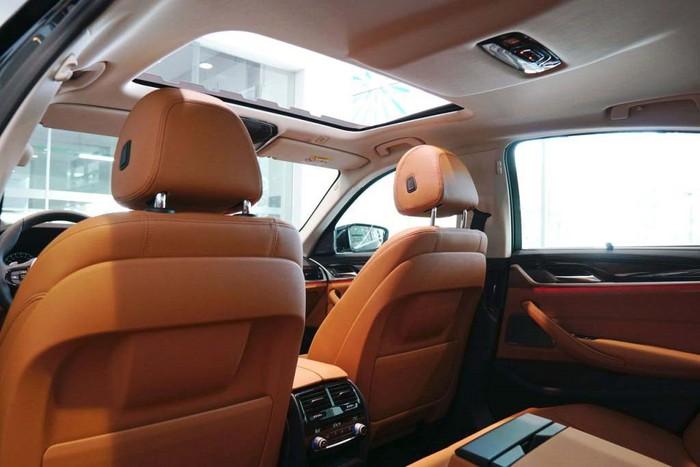 Nội thất xe sang BMW