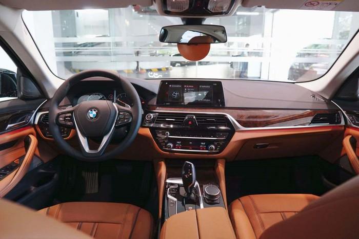 Nội thất xe BMW đời mới