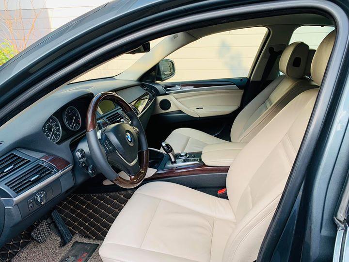 Nội thất BMW X6 cũ