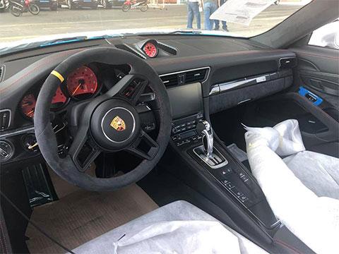 Siêu xe porsche 911 GT2 RS của đại gia Sài Gòn