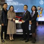 Ca sĩ Tuấn Hưng dốc hết tiền mua xe Mercedes 5 tỷ tặng vợ