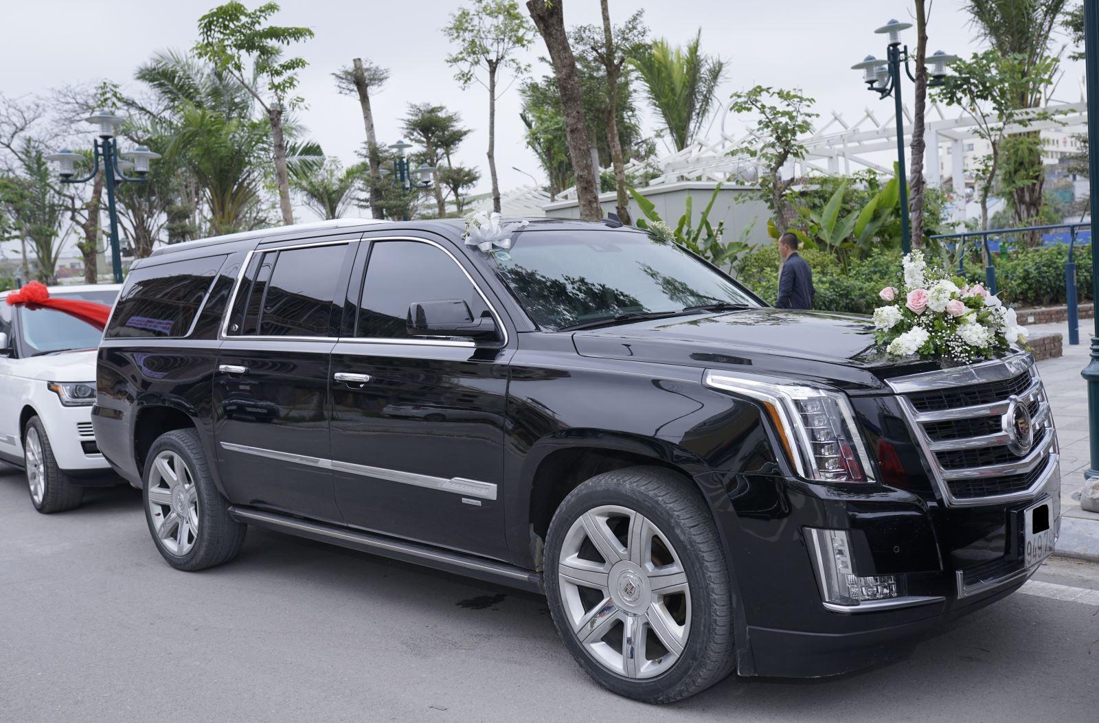 Xe Cadillac đón dâu tại Nam Định