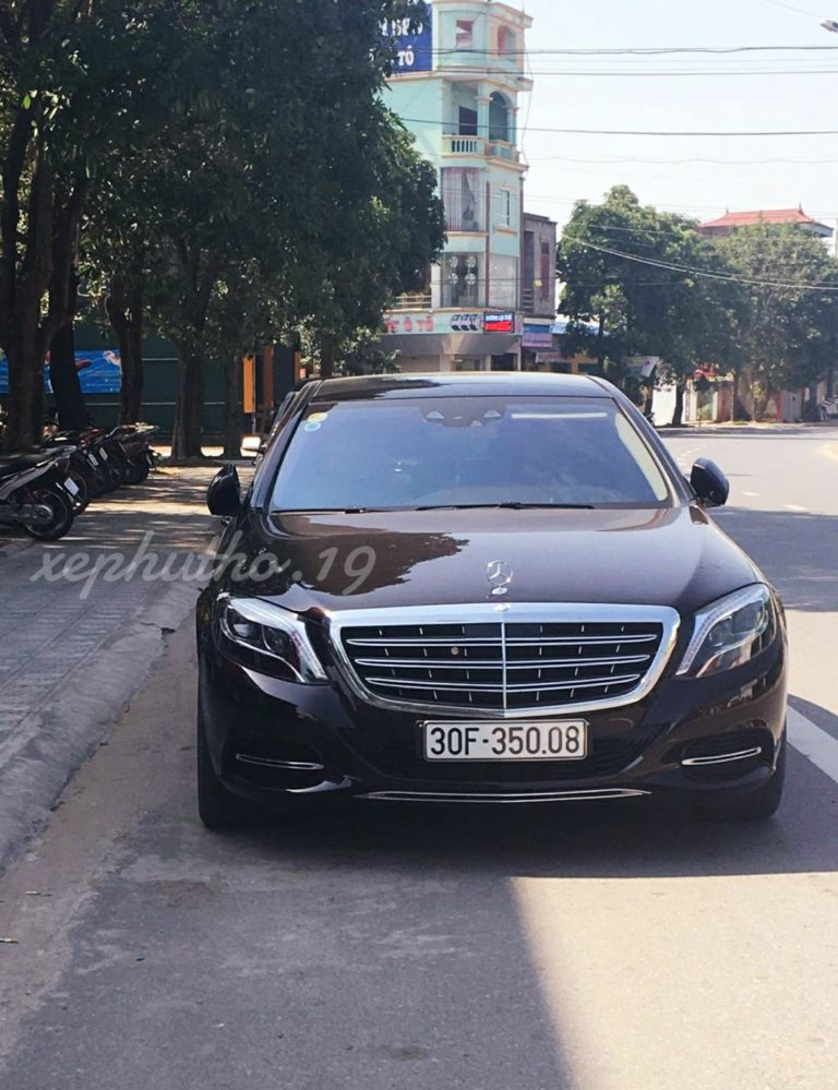 Xe siêu sang Maybach S600 của đại gia Phú Thọ