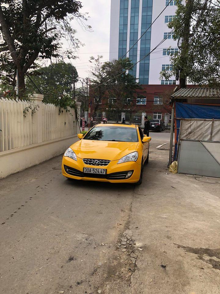 Tùng Giang sở hữu siêu xe Genesis