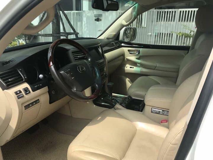Xe sang Lexus đời mới