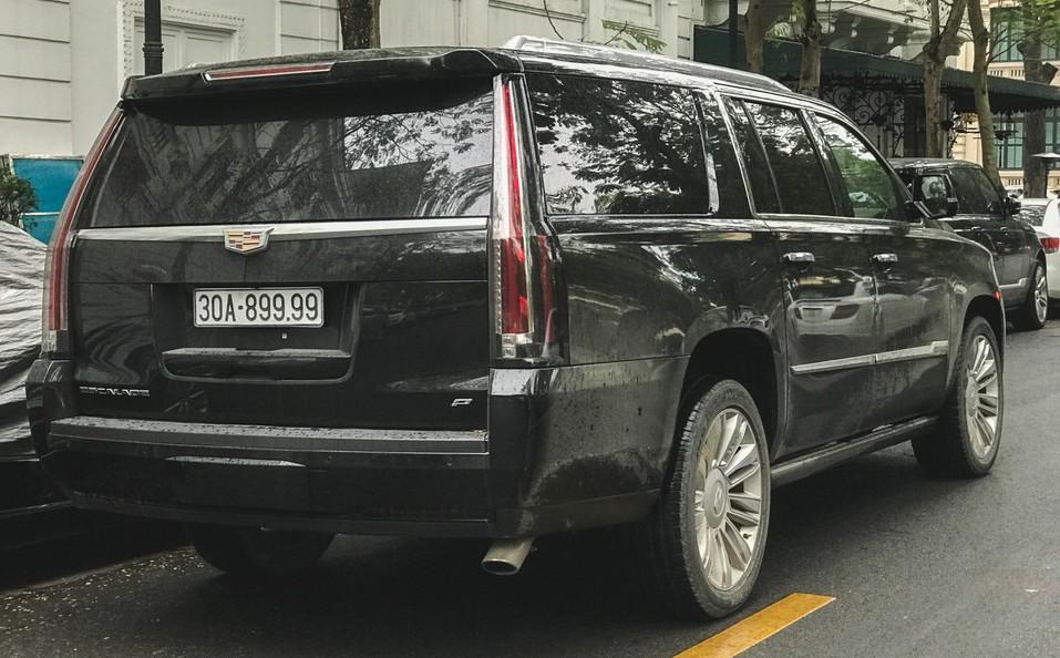Xe đẹp Cadillac đại gia Hà Nội