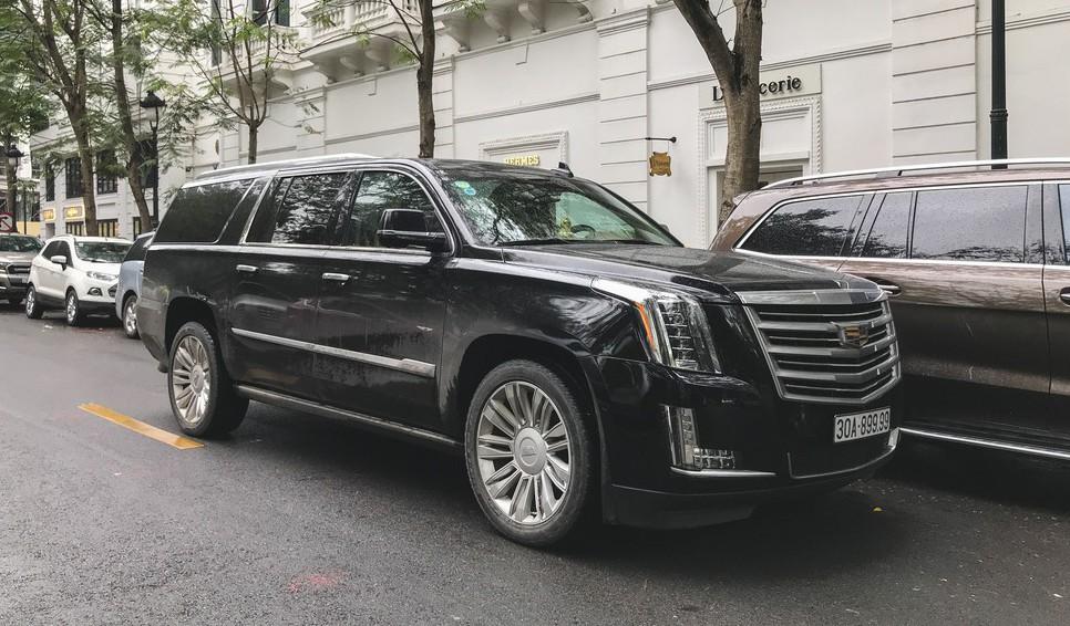 Xe khủng long Cadillac Escalade hàng khủng
