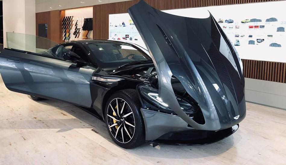 Đại gia Vũng tàu mua Aston martin DB11