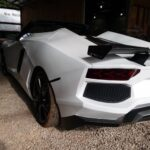Siêu xe Lamborghini Aventador hàng nhái bán được hơn 500 triệu