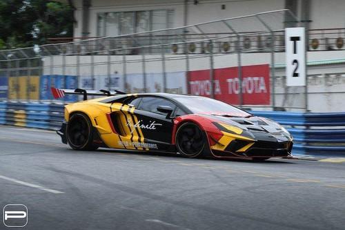 Siêu xe độ lạ mắt Lamborghini