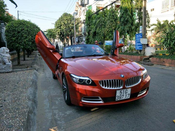 Siêu xe nhỏ BMW Z4 của đại gia Sài Gòn