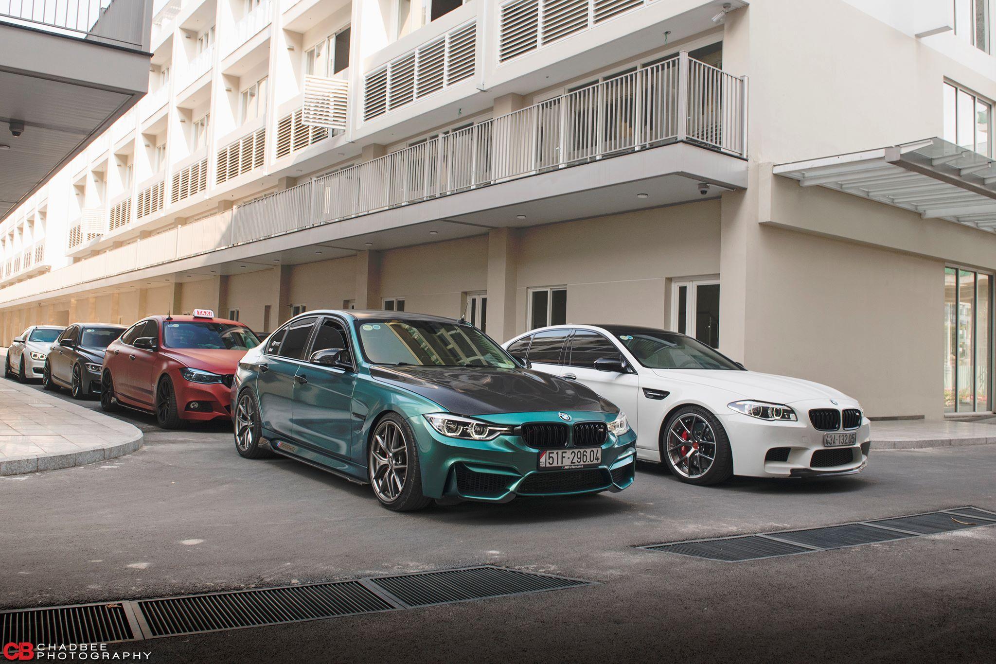 Đại gia Khoe dàn siêu xe BMW đẳng cấp