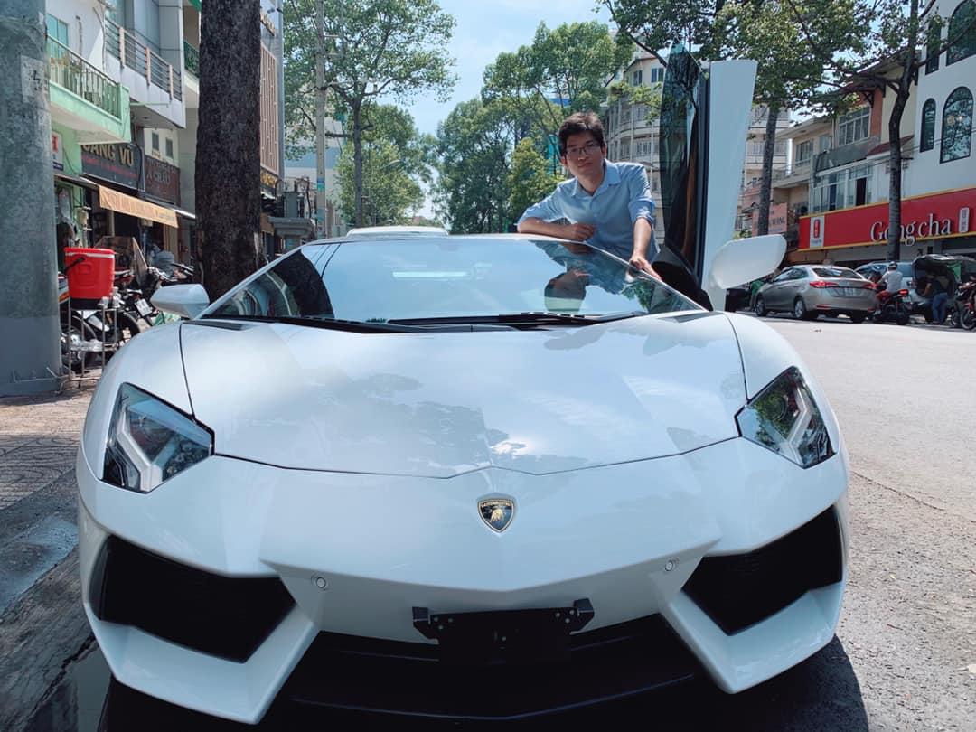 Thiếu gia Bình Dương mua Lamborghini