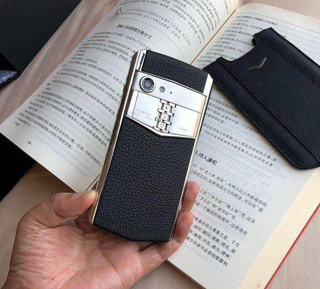 Điện thoại Vertu siêu sang nhất