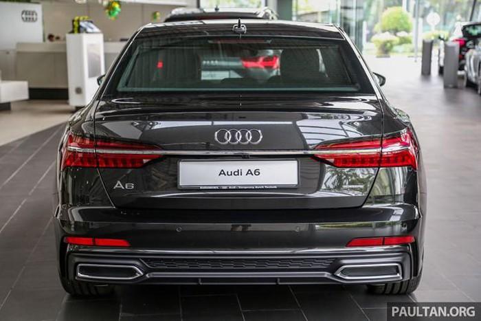 Xe sang Audi A6 đẹp mê hồn