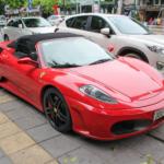 Dù cũ nhưng siêu xe Ferrari F430 mui trần vẫn khủng