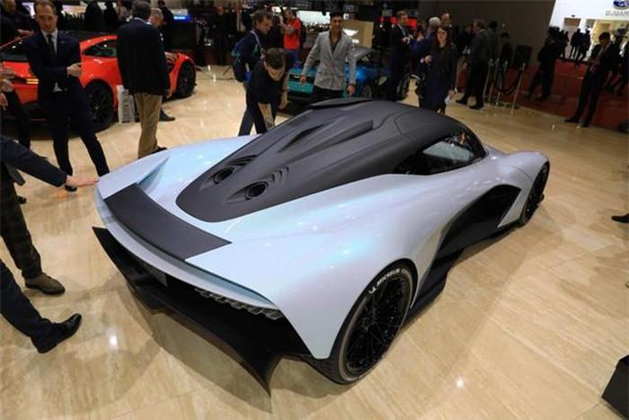 Đuôi siêu xe Aston Martin độc đáo