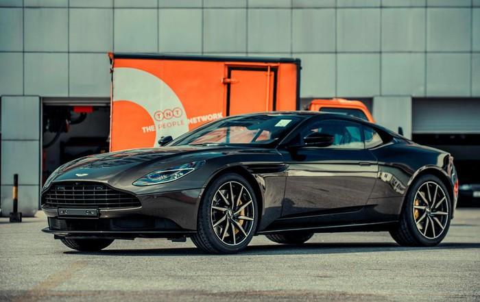 Đại gia Hà Nội mua Aston Martin
