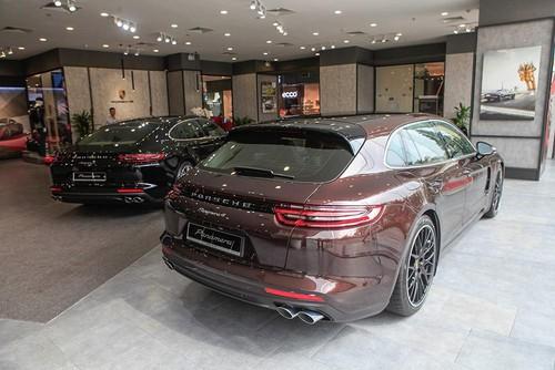 Xe sang Gia đình Porsche