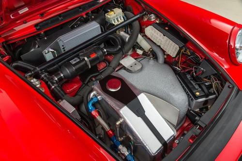 Động cơ siêu xe cổ Porsche