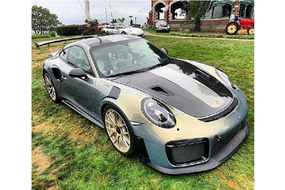 Siêu xe Porsche 911 GT2 RS