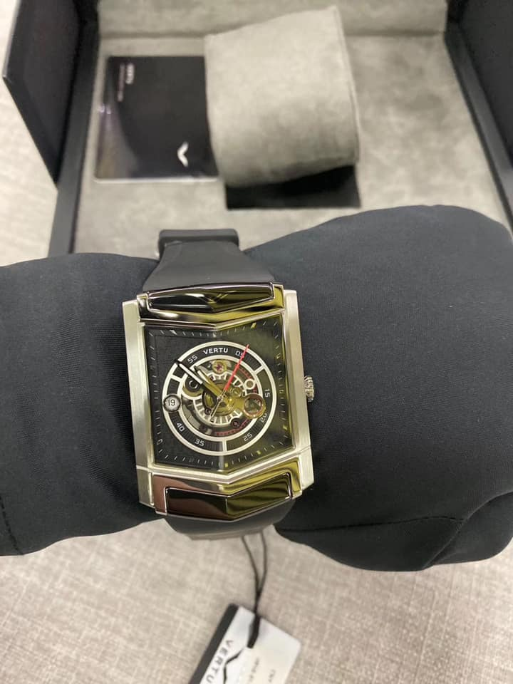 đồng hồ vertu siêu sang đẹp nhất