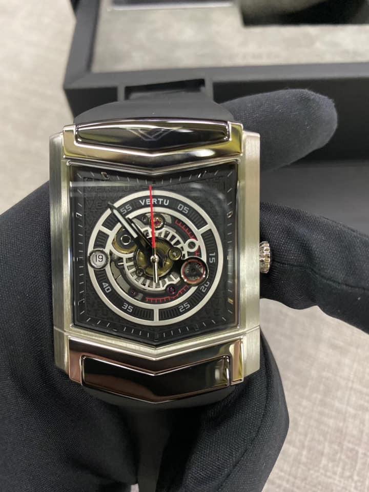 đồng hồ vertu siêu sang 3