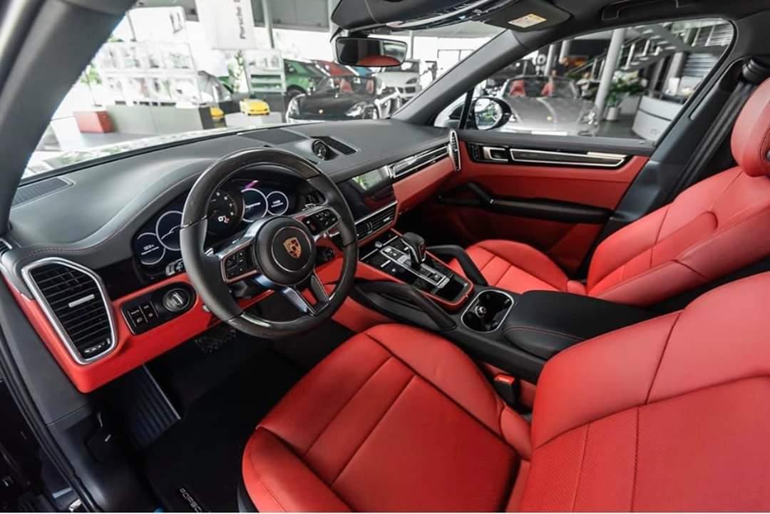 Xe Porsche Cayenne cho nhà giàu