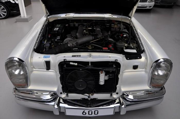 Xe Maybach S600 Pullman động cơ mới