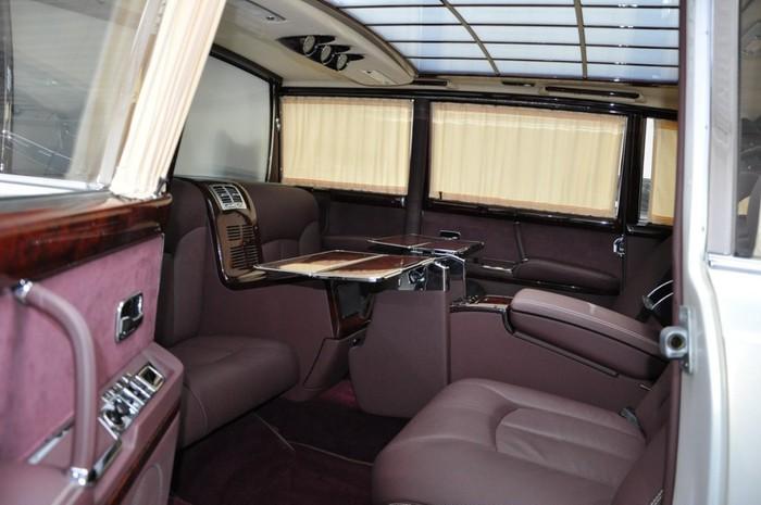 Xe Maybach S600 nội thất khủng nhất thời đại