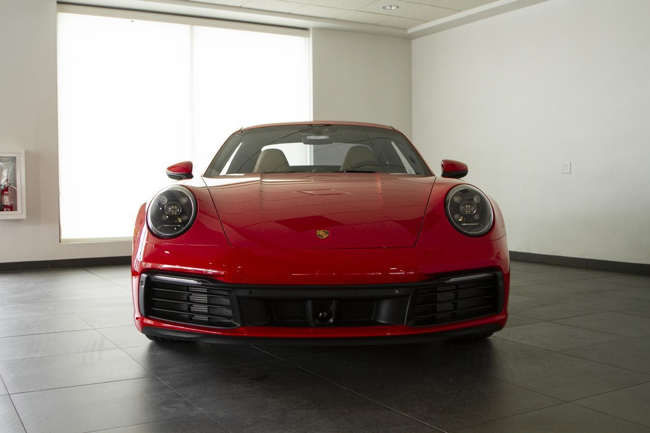 Xe sang Porsche 911 mới 2020