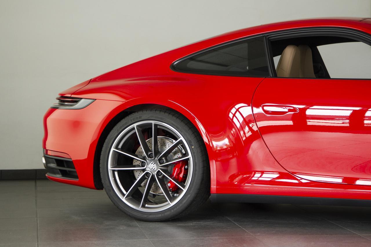 Xe sang Porsche 911 hàng khủng
