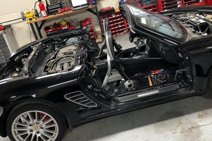 Porsche độ thành siêu xe khủng đẹp