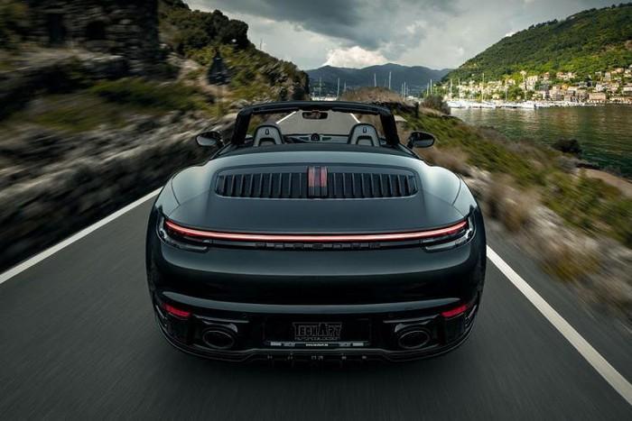 Porsche 911 đẹp độ pô khủng