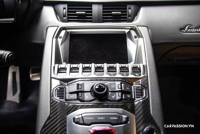 Nội thất siêu xe đẹp và đắt