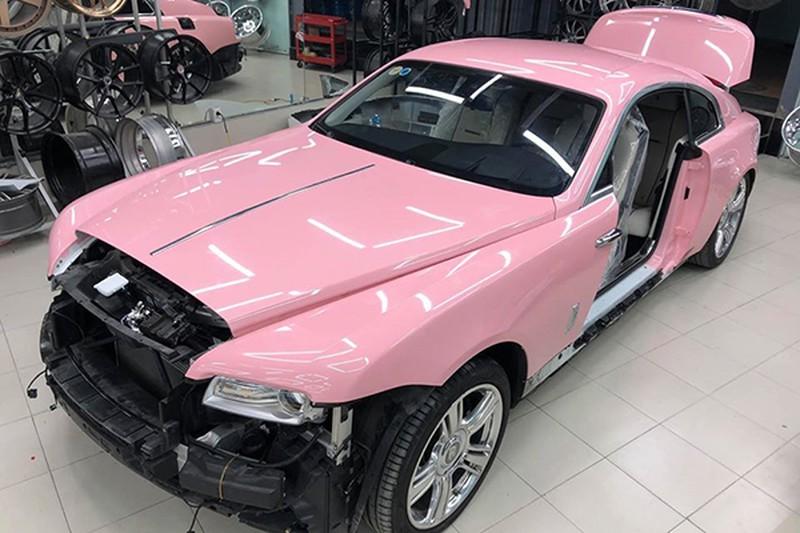 Siêu xe hồng đẹp