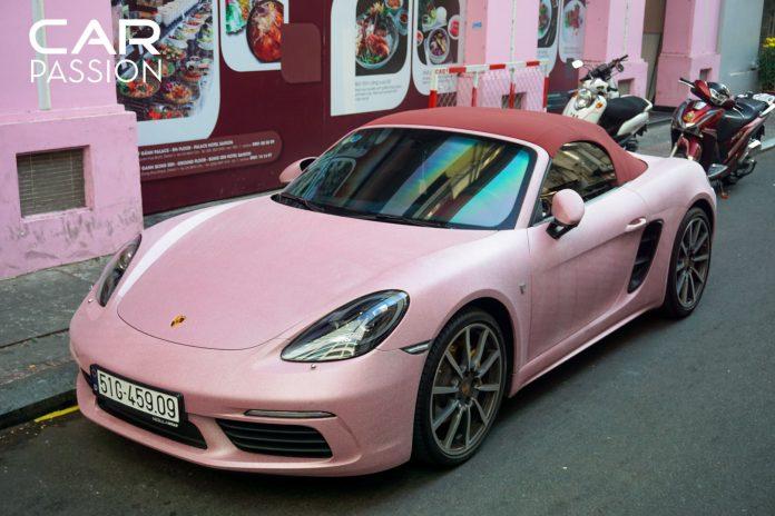 siêu xe màu hồng porsche