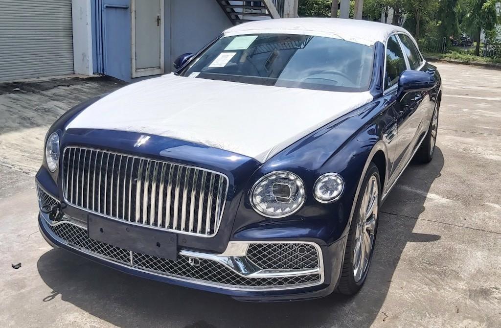 Nội thất khủng Bentley mới về Việt Nam